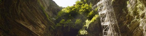 grands-sites_gs_diapo_rocamadour_gouffre-padirac_1600x1200